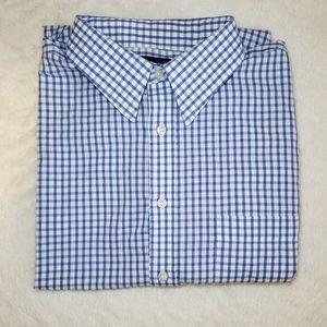 Men's Short-Sleeved Checkered Dress Shirt